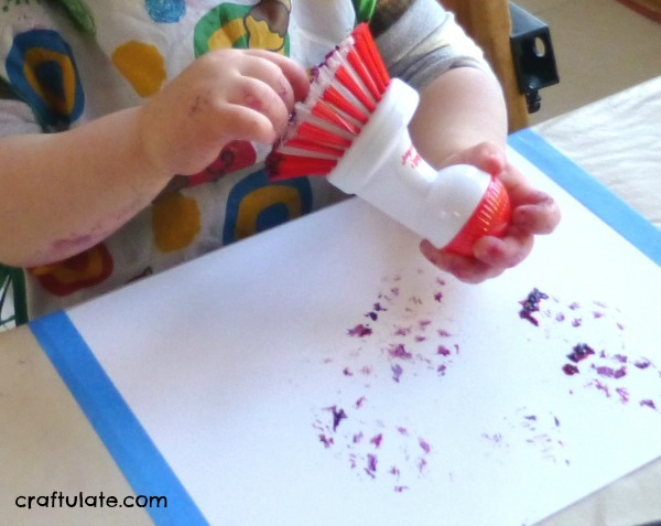 Printing with Scrubbers, Sponges and Scourers - toddler art activity
