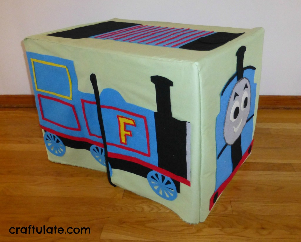 Craftulate: Steam Train Table Tent