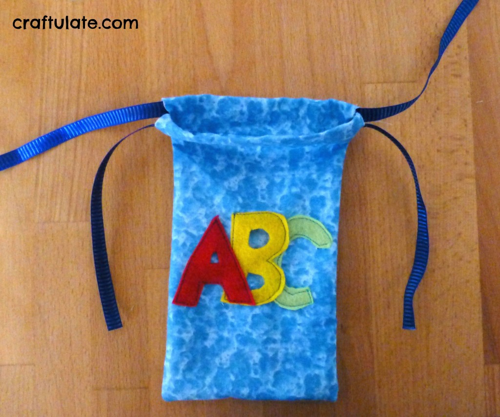 Craftulate: Magnetic Fabric Alphabet