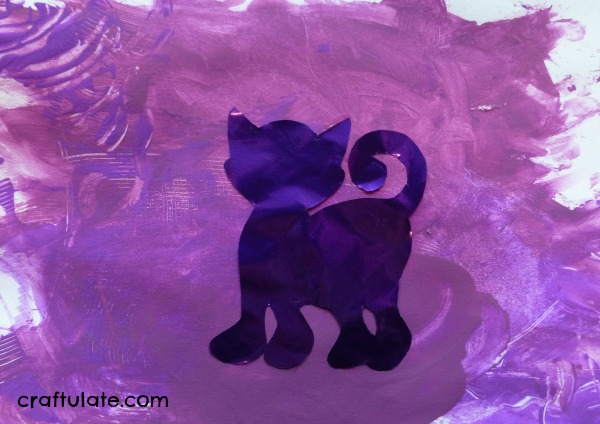 Purple Crafts and Activities (Learning Colors with Brown Bear)