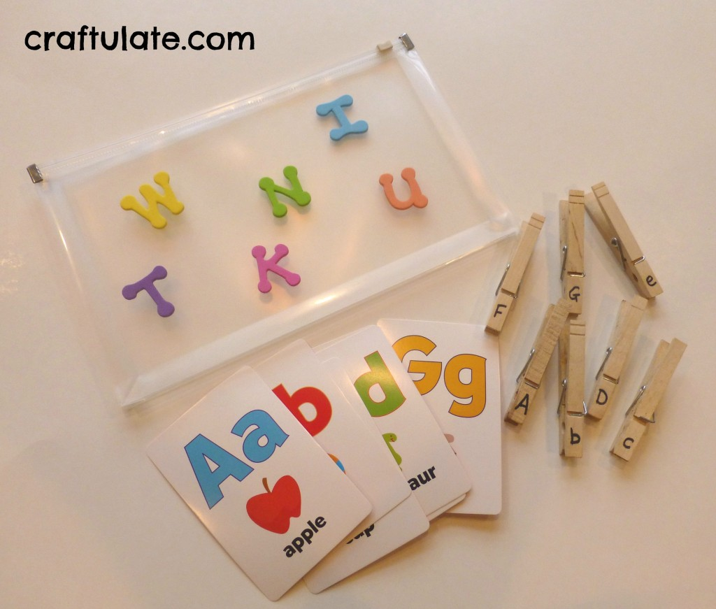 Craftulate: Clothespin Letter Match Busy Bag [Fine Motor Fridays]