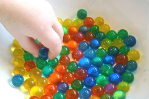 Colour Sorting with Water Beads