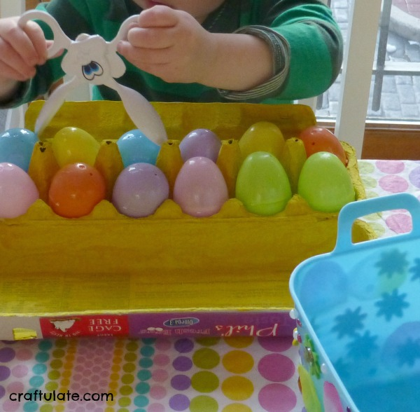 Easter Fine Motor Activity with Tongs - perfect for toddlers