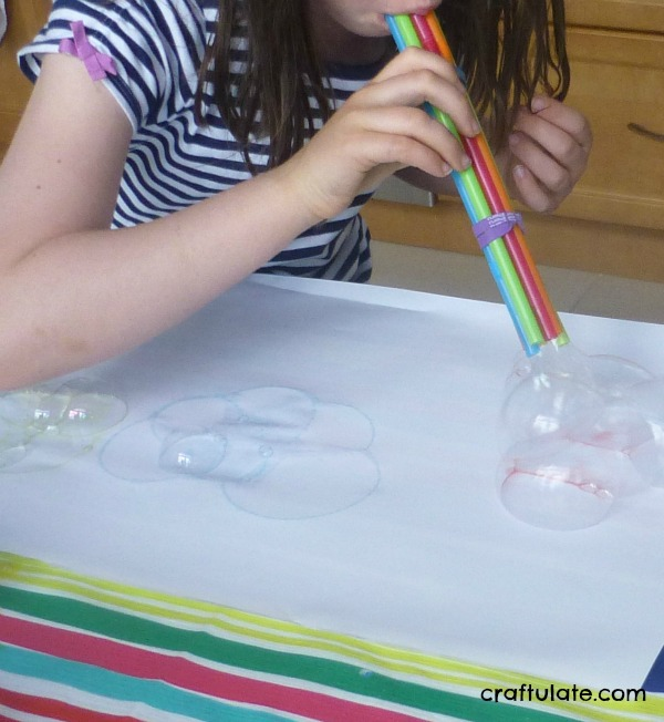 Bubble Printing - a fun art technique for kids to try!
