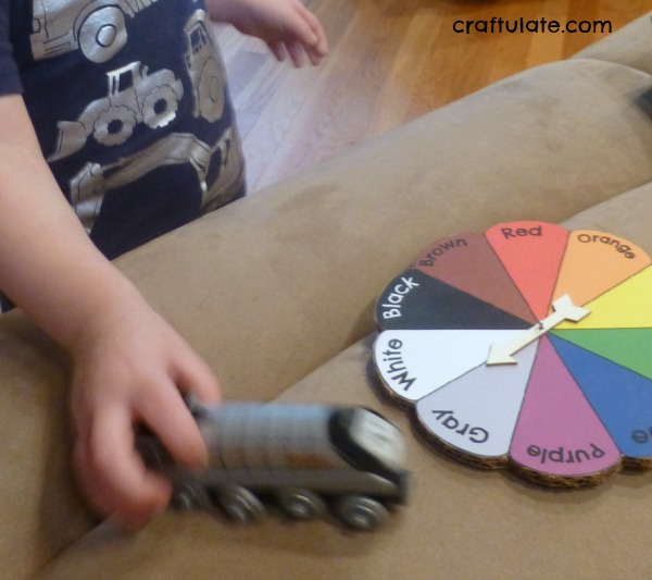 Colour Hunt Spinner for kids - with free printable!