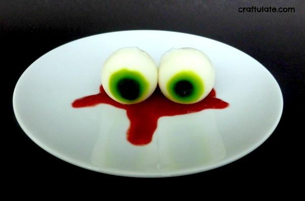 Edible Eyeballs for Halloween