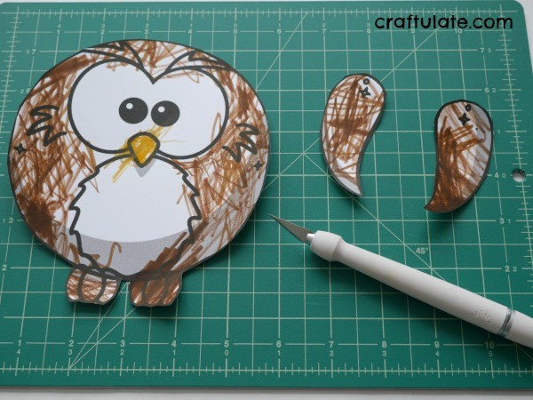Flapping Owl Puppet