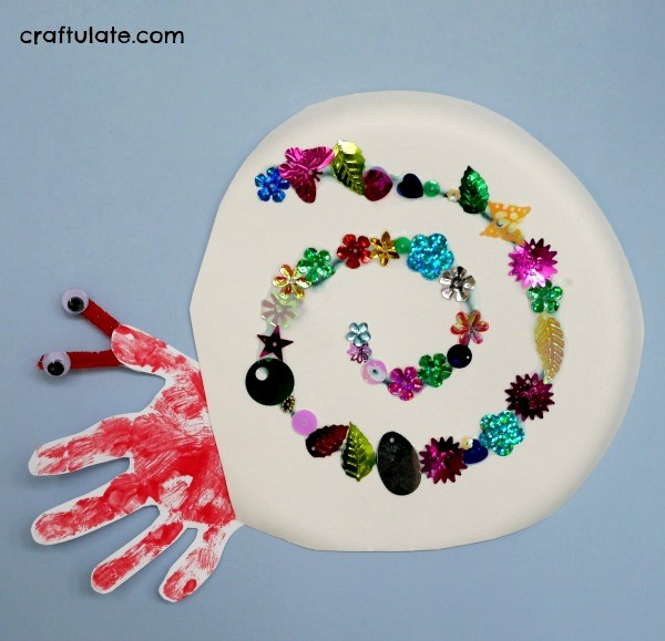 Hermit Crab Craft - a paper plate and handprint craft for kids