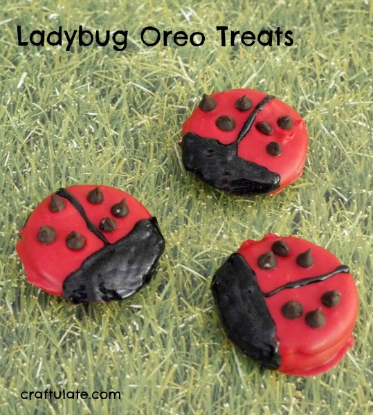 Ladybug Oreo Treats - a fun snack for kids!