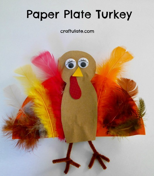 Paper Plate Turkey - a fun kids craft for Thanksgiving!