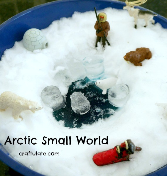 Arctic Small World - with real snow!