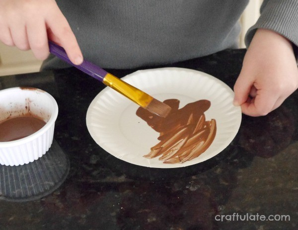 Paper Plate Owl Craft - a fun activity for kids