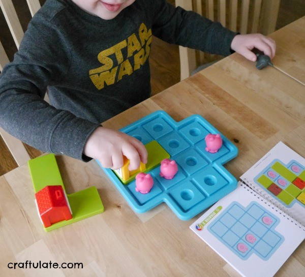 Three Little Piggies - a logic game for preschoolers