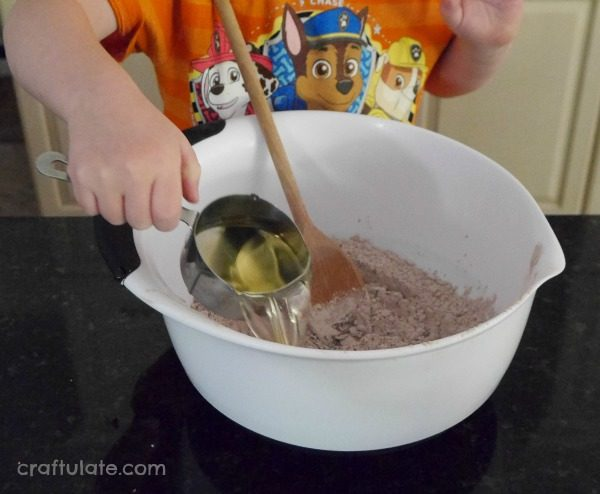 Rocky Road Brownies - a delicious recipe to make with kids!