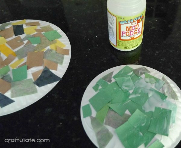 Paper Plate Snakes - a fun and frugal craft for kids to make & Paper Plate Snakes - Craftulate