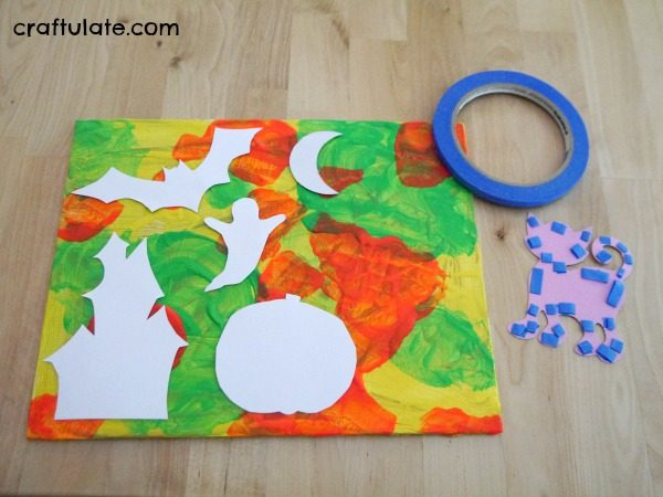 Glowing Halloween Wall Art for Kids to Make - this looks so effective!