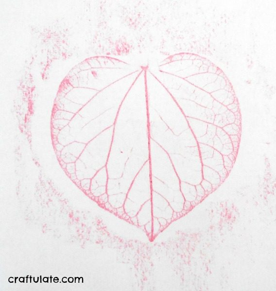Redbud Leaf Hearts - a natural art project for kids!