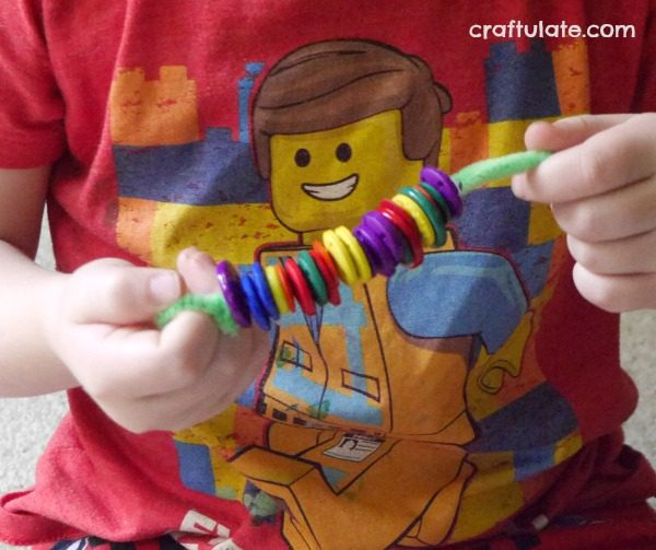 Fine Motor Button Snake - a cute activity for kids that works on fine motor skills