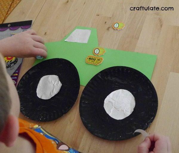 Paper Plate Monster Truck Craft - a fun craft for kids to make!