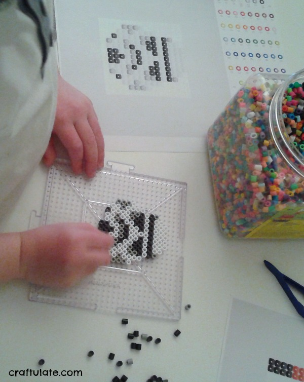 Star Wars Perler Bead Designs - free templates to download and create